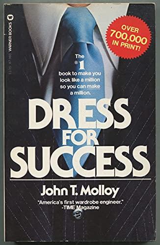 9780446879606: DRESS FOR SUCCESS