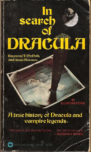 9780446892452: In Search of Dracula