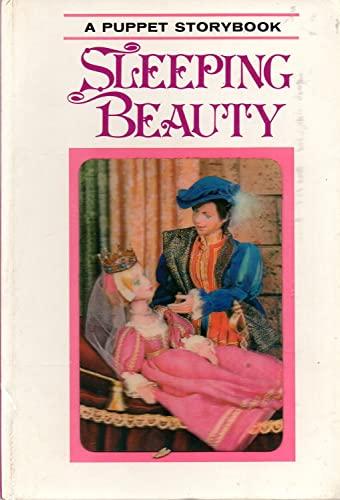 9780448007779: Sleeping Beauty (A Puppet Storybook)