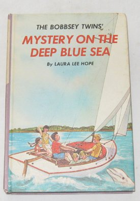 9780448080116: The Bobbsey Twins Mystery of the Deep Blue Sea (Bobbsey Twins, 11)