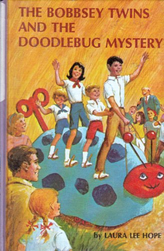 9780448080628: The Bobbsey Twins and the Doodlebug Mystery (Bobbsey Twins, 62)