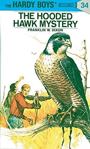 9780448089348: The Hooded Hawk Mystery (Hardy Boys, Book 34)