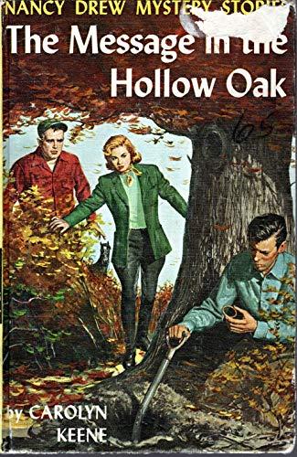 9780448195124: The Message in the Hollow Oak (Nancy Drew, Book 12)