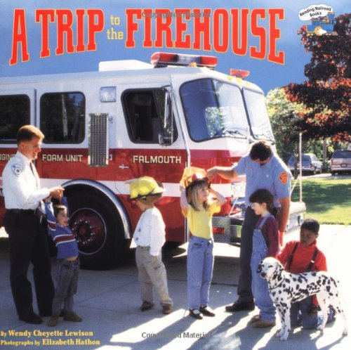 9780448417400: A Trip to the Firehouse (Reading Railroad)