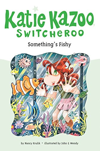 9780448444420: Something's Fishy (Katie Kazoo, Switcheroo No. 26)