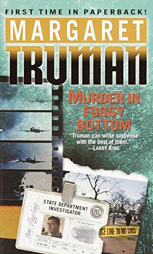 9780449001967: Murder in Foggy Bottom (Capital Crimes)