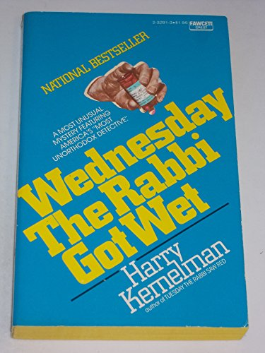 9780449232910: Wednesday the Rabbi Got Wet