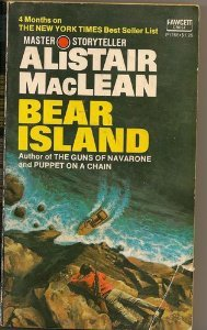 9780449235607: Bear Island