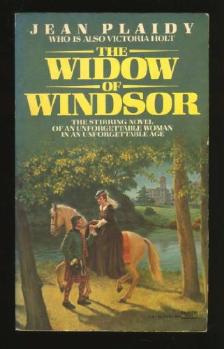 9780449241516: The Widow of Windsor