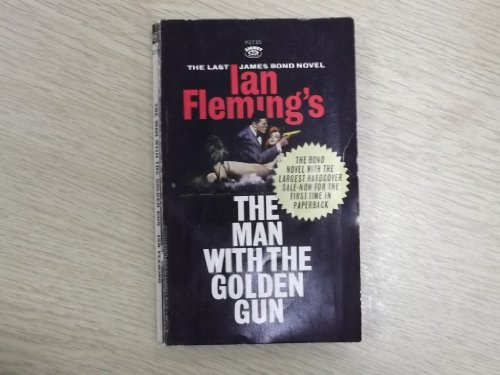 9780451081872: The Man with the Golden Gun (James Bond)