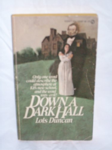 9780451083265: Down a Dark Hall by Lois Duncan