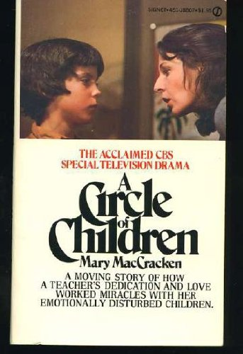 9780451088079: Maccracken Mary : Circle of Children (Signet)