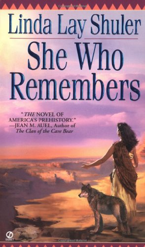 9780451160539: She Who Remembers (Signet)