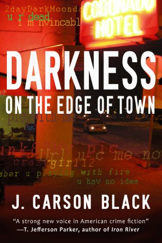 9780451213914: Darkness on the Edge of Town