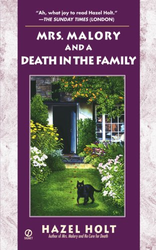 9780451219893: Mrs. Malory and A Death In the Family (Mrs. Malory Mystery)