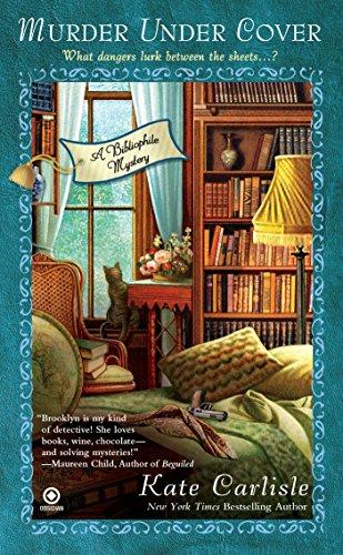 9780451233516: Murder Under Cover: A Bibliophile Mystery