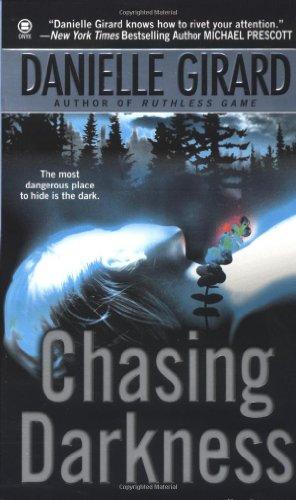 9780451410238: Chasing Darkness