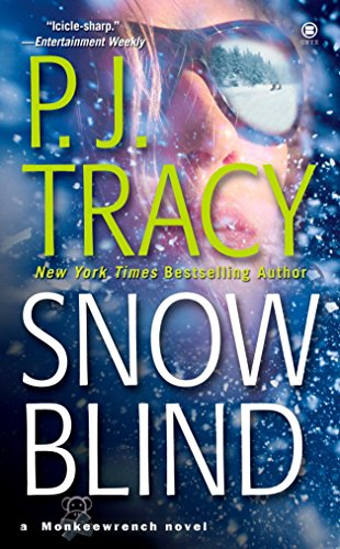 9780451412362: Snow Blind (A Monkeewrench Novel)