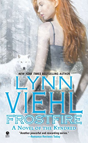 9780451413024: Frostfire : A Novel of the Kyndred (Kyndred Novel)