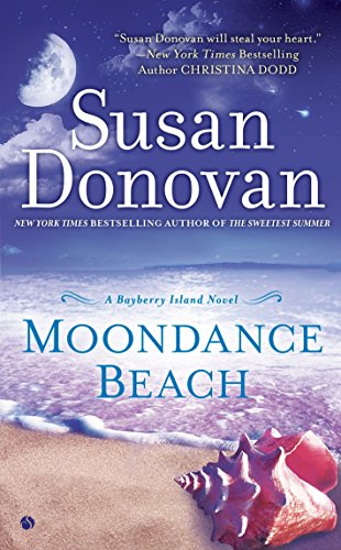 9780451419309: Moondance Beach: A Bayberry Island Novel