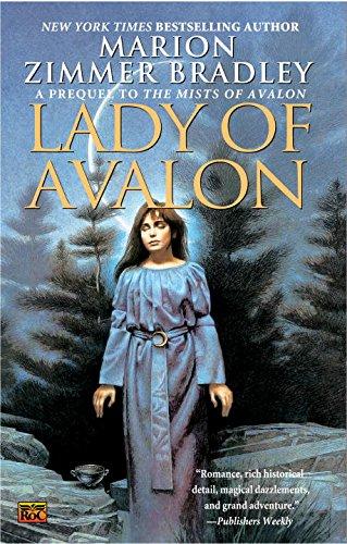 9780451461810: Lady of Avalon