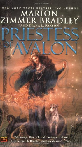 9780451462398: Priestess of Avalon