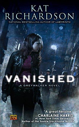 9780451462992: Vanished: A Greywalker Novel