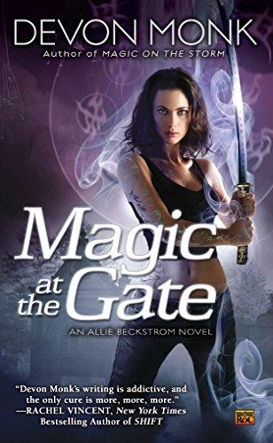 9780451463623: Magic at the Gate