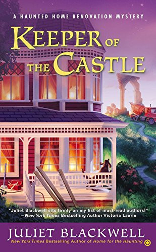 9780451465801: Keeper of the Castle (Haunted Home Renovation)