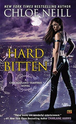 9780451472205: Hard Bitten: A Chicagoland Vampires Novel