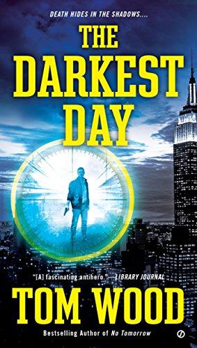 9780451473981: The Darkest Day