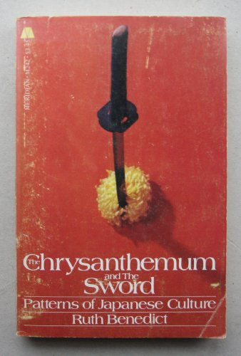 9780452009165: The Chrysanthemum and the Sword (Meridian)