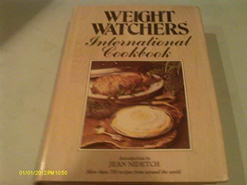 9780452257801: Weight Watchers' International Cookbook