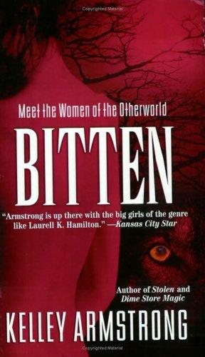 9780452286030: BITTEN (Women of the Otherworld)