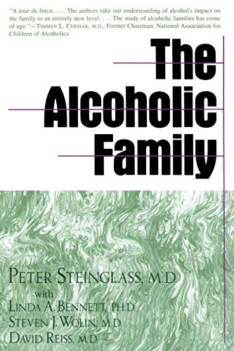 9780465001125: The Alcoholic Family