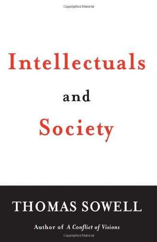 9780465019489: Intellectuals and Society