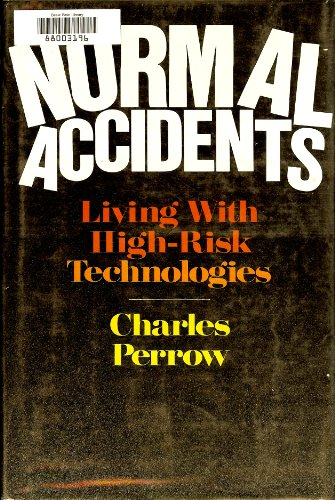 9780465051434: Normal Accidents: Living with High-risk Technologies