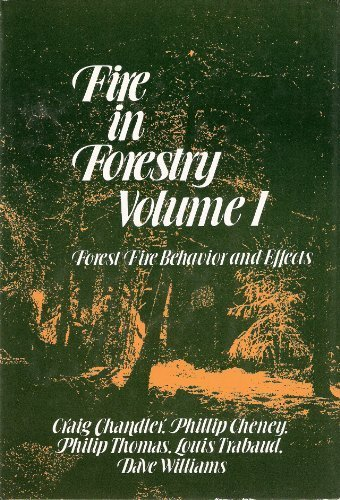 9780471874423: Fire in Forestry, Volume 1: Forest Fire Behavior and Effects