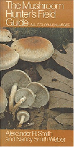 9780472856107: The Mushroom Hunter's Field Guide
