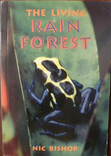9780478237917: The Living Rain Forest (Orbit Chapter Books)