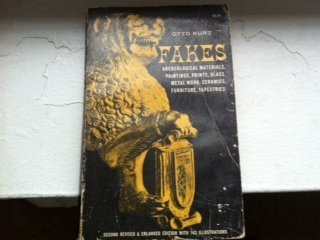 9780486218717: Fakes