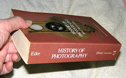 9780486235868: History of Photography