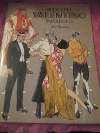 9780486237688: Rudolph Valentino Paper Dolls