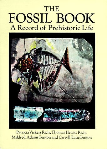 9780486293714: The Fossil Book: A Record of Prehistoric Life