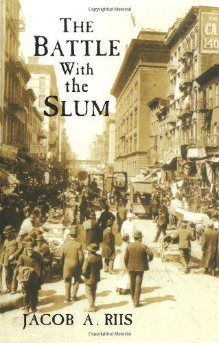 9780486401966: The Battle with the Slum (New York City)