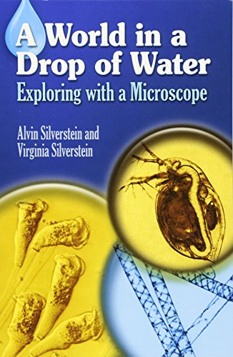 9780486403816: A World in a Drop of Water: Exploring With a Microscope