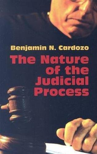 9780486443867: The Nature of the Judicial Process