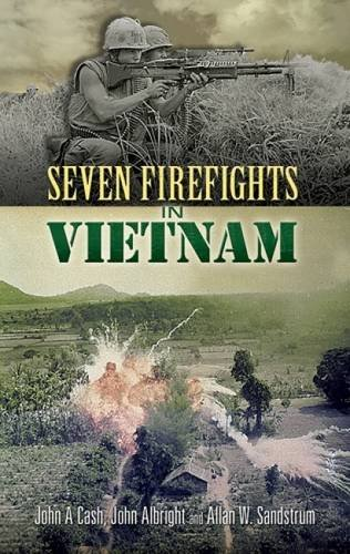 9780486454719: Seven Firefights in Vietnam (Dover Military History, Weapons, Armor)