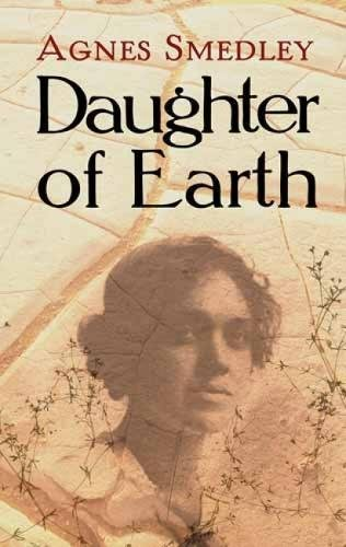 9780486479538: Daughter of Earth (Dover Books on Literature & Drama)