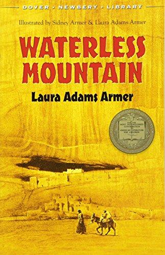 9780486492889: Waterless Mountain